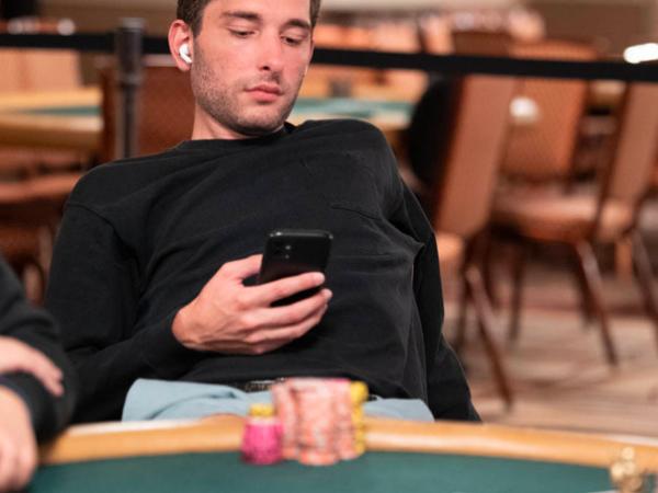 Ingin Lancar Bermain Casino Online? Baca Ini Dulu!